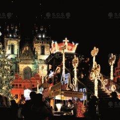 VIDEO: encendido del árbol de Navidad, Staroměstské náměstí , Praga, República Checa